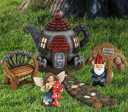 A fairy castle with accompanying fairies and gnomes.