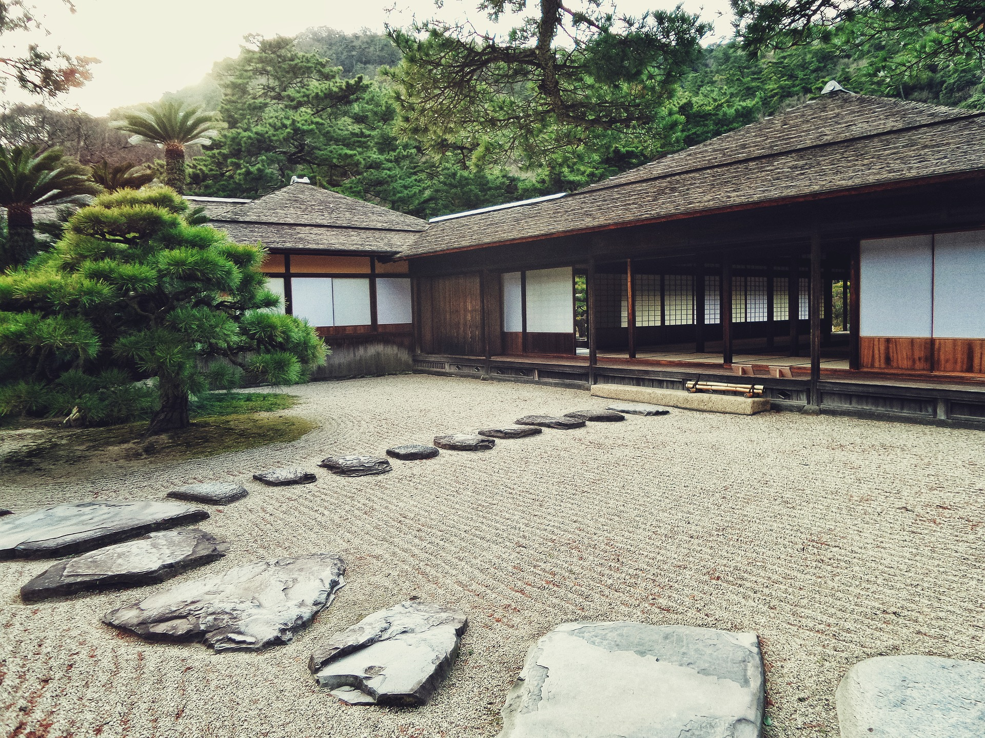 Stone paths going towards the house of meditation.