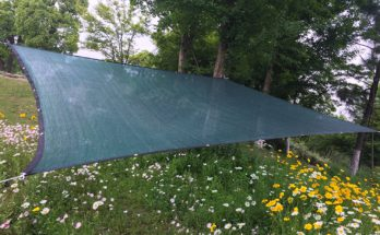 Green Didaoffle 70% UV resistant shade cloth for plants.